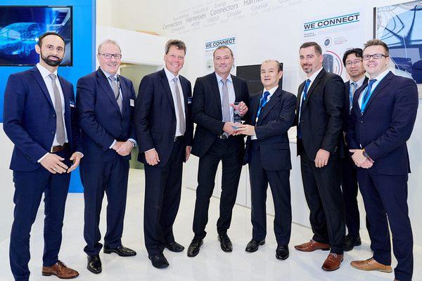 Rutronik с награда от JAE за дистрибутор на годината в EMEA