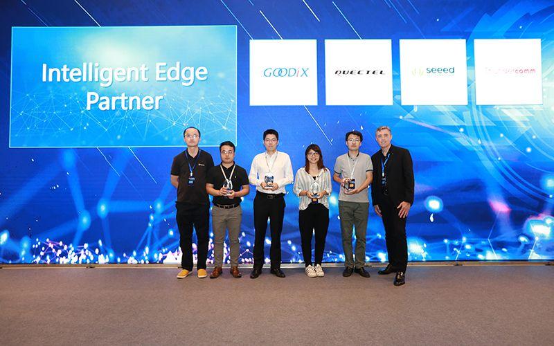 Quectel с награда за партньор на годината от Microsoft