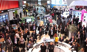 Над 93 000 посетители на Mobile World Congress в Барселона