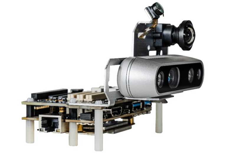 Qualcomm влиза в <strong>роботи</strong>ката с модула RB5